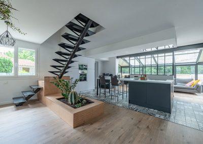 maison-escalier-salon